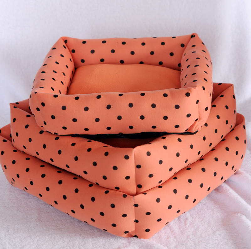New Little Dot Cotton Pet Dogs Bed Free Shipping By China Post Dogs Bed Three Size Selection(China (Mainland))