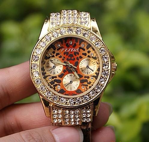 exclusive korea brand luxury Ladies Watch Quartz jewelry bangle bracelet crystal Rhinestones dress wristwatches