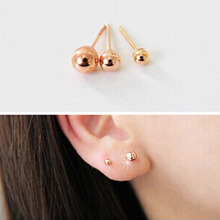 The Korean version of three sets of pearl earrings, ladies fashion jewelry store Plaid small jewelry Z1130 ear