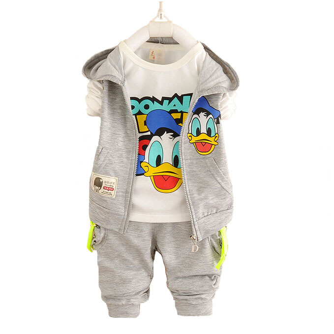 New Donald Duck Baby Clothing Set sport Suit boys and girls 3Pcs sets vest+T-Shirt+Pants Spring and autumn baby Sets 3colors(China (Mainland))