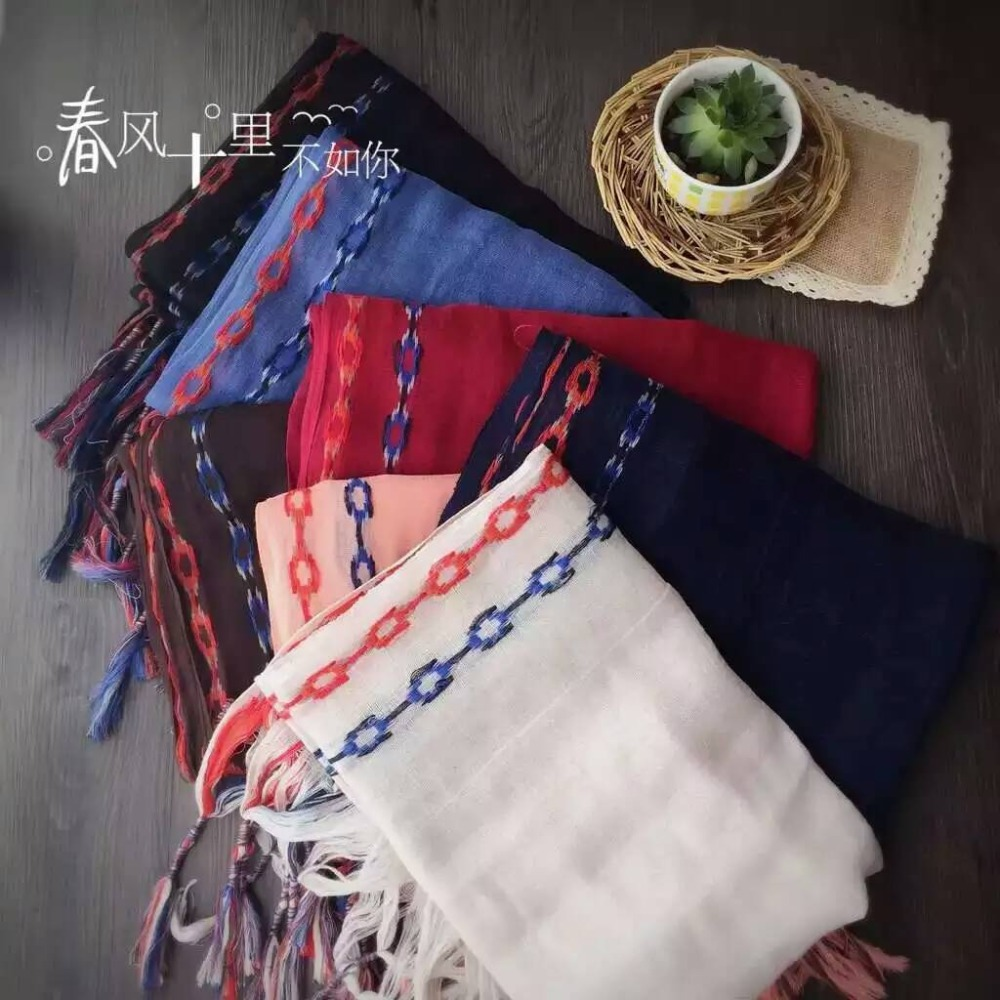 200X70CM Fashion Design National Embroidery Cotton Scarf Natural Linen Tassel Scarf Pashmina Literature Art Scarf for Lady(China (Mainland))