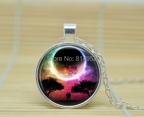 1pcs Full Moon Pendant jewelry Full Moon necklace Science Fiction necklace glass Cabochon Necklace A1885(China (Mainland))