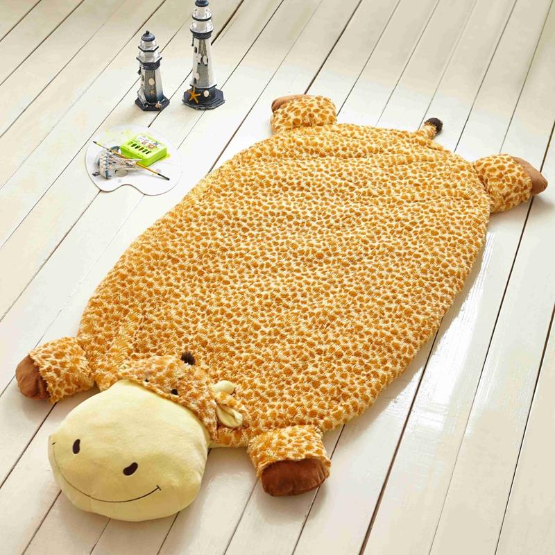 Papa&Mima cartoon lovely giraffe high end plush multifunctional summer nap blankets bedsheet carpet mat pillow 160x82cm toys(China (Mainland))