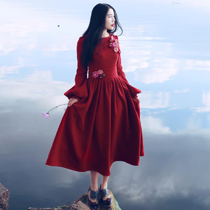 MX New Spring Autumn Vintage&amp;Retro Women Elegant Slim Court Style Lantern Sleeve Handmade Appliques Roman Cotton Red Long DressÎäåæäà è àêñåññóàðû<br><br>
