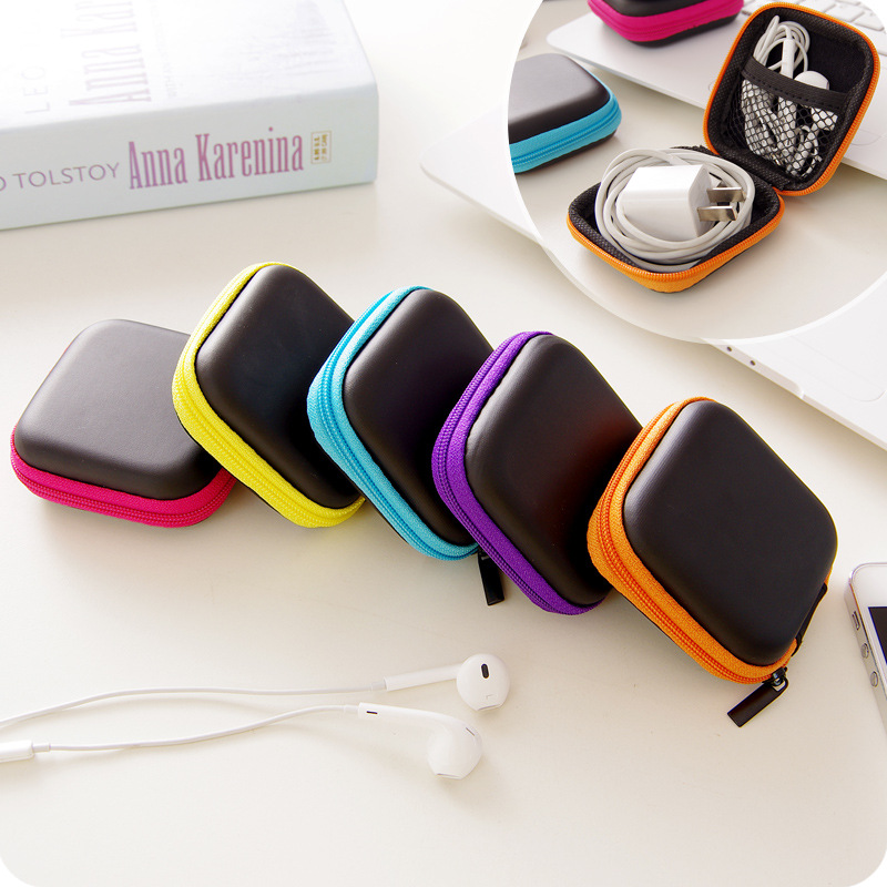 Cute Candy Color Silicone Coin Purse Key Wallet Earphone Organizer Square Storage Box(China (Mainland))