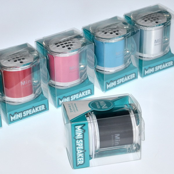Wholesale Patent Fashion Design Portable mini bluetooth speaker box for mobile phone tablet pc mp3 mp4(China (Mainland))