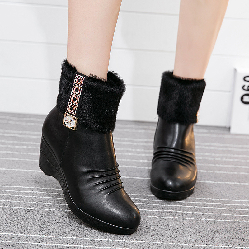 2015 Genuine leather mother boots top quality winter warm fur winter women shoes, Wedges 6cm ankle boots for women(China (Mainland))