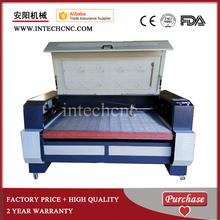 advertising acrylic co2 best cnc price auto-feeding fabric automatic laser die cutting machine(China (Mainland))