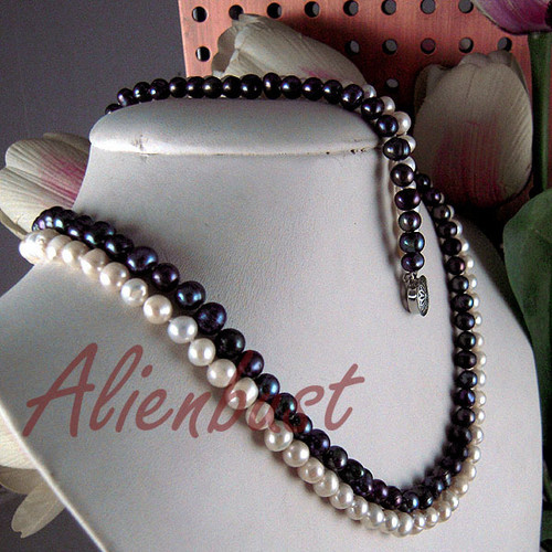 GENUINE BLACK+WHITE PEARL NECKLACE +BRACELET SET Cultured Pearl Jewllery(China (Mainland))