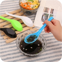 5pcs New Spoons Outdoor Camping Picnic Plastic Spoon with Long Handled Spoon Soup Tableware Kitchen Cooking Tools New TG