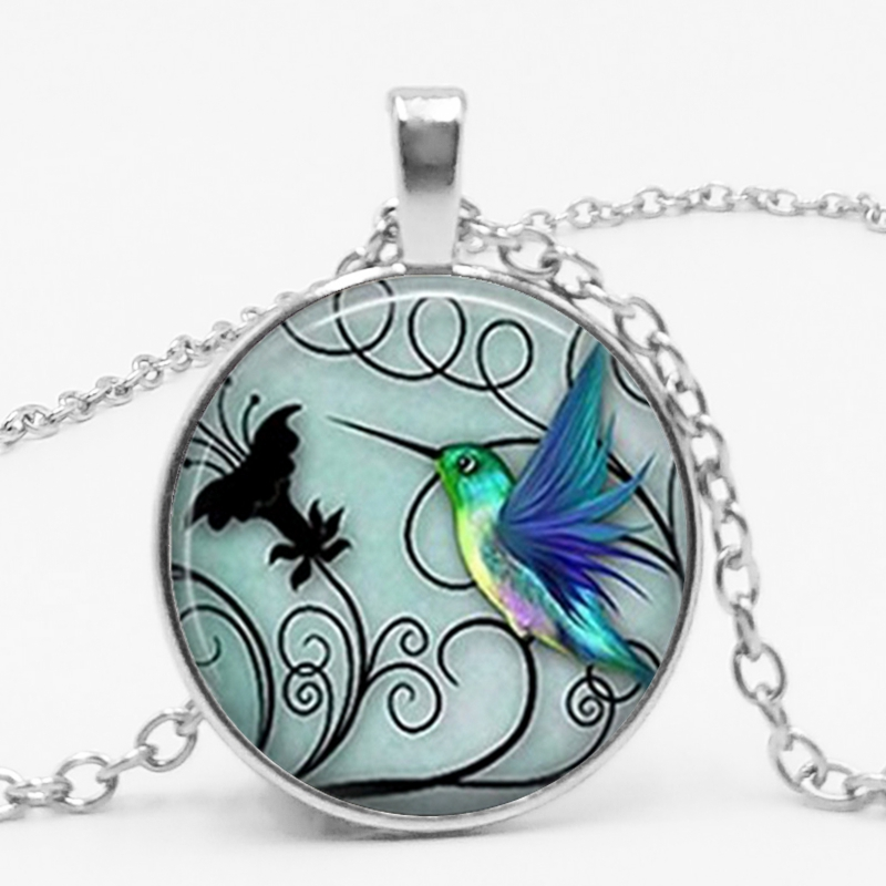 Family Decor Humming Bird Pendant Necklace Cabochon Glass Vintage Bronze Chain Necklace Jewelry Handmade