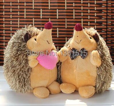2pcs/lot the hedgehog doll plush toys wholesale wedding gifts birthday 18cm + FREE SHIPPING(China (Mainland))