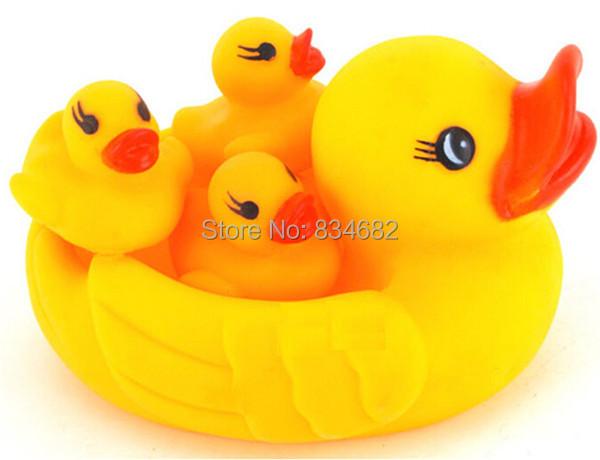 J.G Chen Cute Baby Girl Boy Bath Bathing Classic Toys Rubber Race Squeaky Ducks Set Yellow Duck Children Swiming Bath Water Toy(China (Mainland))