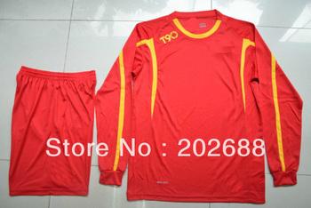 Free shipping,wholesale price new design long sleeve men's blank soccer uniform.