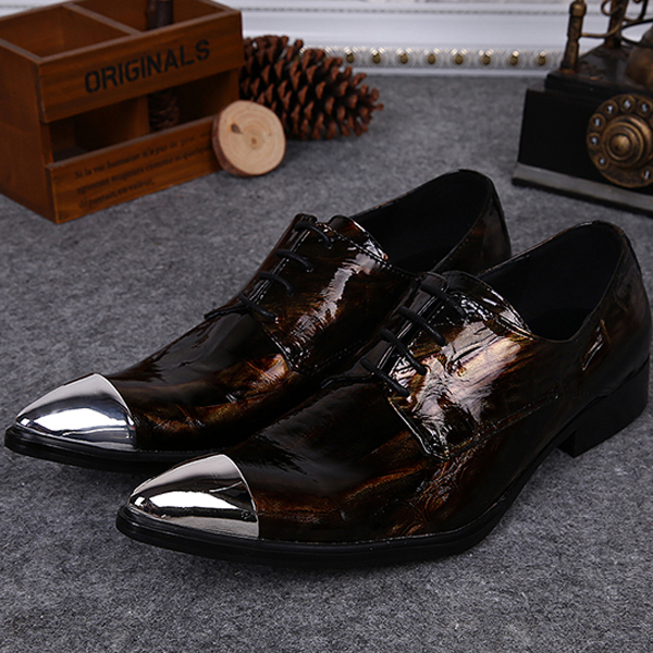 Italy Brand New Men's golden Dress Shoes Pointed Toe Fashion Luxury Patent Leather Wedding Oxford Men Shoe Plus Size 37-46