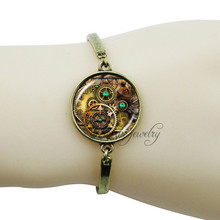 Steampunk jewelry antique bronze plated clock cuff bangle wrist hand chain bracelet vintage art picture photo handmade bangle