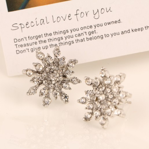High Quality Brand Designed All Match Vintage Rhinestone Snow Flake Stud Earrings Statement Jewelry Accessories Wholesale PD21(China (Mainland))