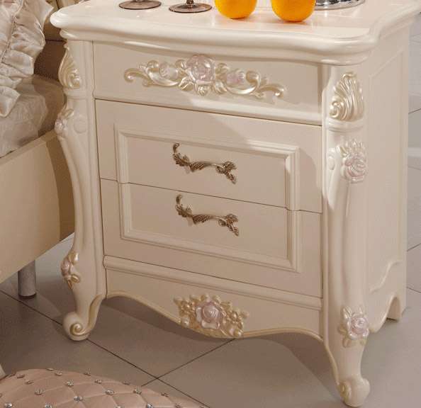 Continental Carved Wood Bedside Cabinet two pumping French fashion Bedside Lockers(China (Mainland))