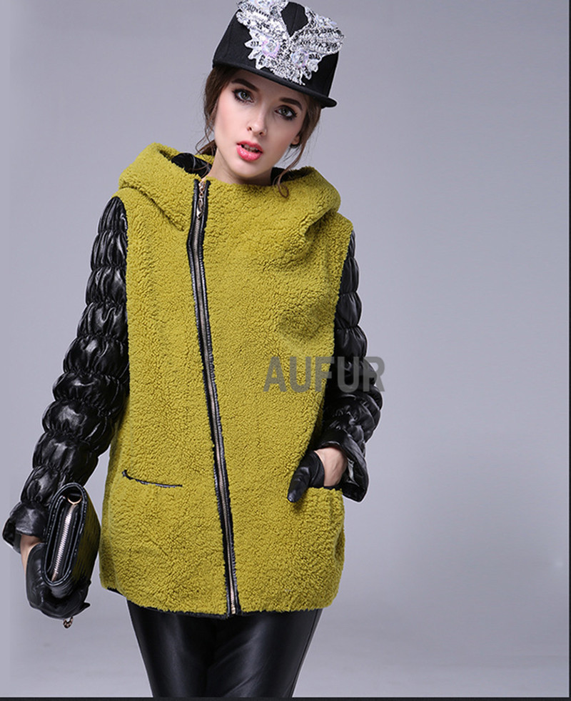 Womens Real Lamb Fur Jacket Hooded Genuine Sheep Leather Sleeves Zipper Breasted Hoody Light Yellow Warm Winter Casual AU00580Одежда и ак�е��уары<br><br><br>Aliexpress