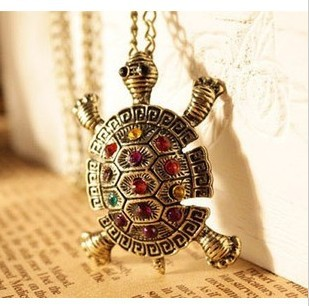 2015 New Fashion Turtle Pendant Necklace Wholesale Vintage Cute Sweater Color Acrylic Chain Necklaces Jewelry For