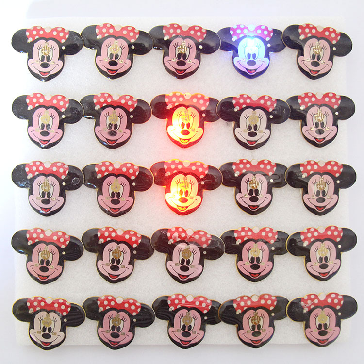 25pcs/lot Mouse cartoon led badge minnie flashing brooch,minnie mouse party supplies light ,children party decoration(China (Mainland))