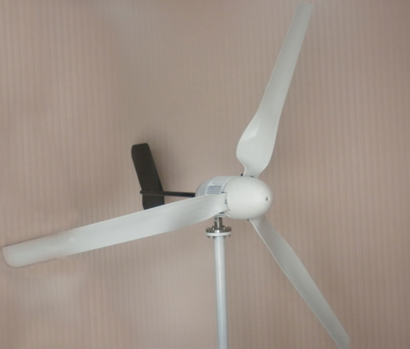 S-1000 2015 CE Hot Selling New Model Wind Generator 1KW 48V 1KW Wind Turbine Generator Part And Blade 2.5M/S Start-Up Wind Speed(China (Mainland))