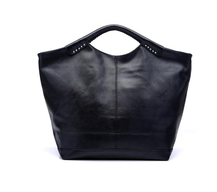 Hot new 2016 rivets bat bag black shoulder portable big bag retro simplicity Messenger bag wild solid smiley bag JF218(China (Mainland))