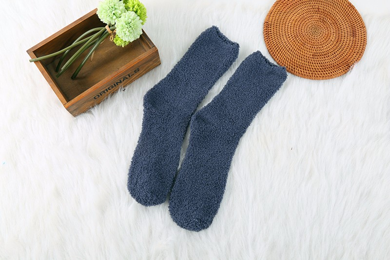 Hot Warm Men Middle Socks Winter Solid Color No Show Socks High Quality Super Soft Coral Fleece Sleeping Sock 2016 Man Clothing (2)