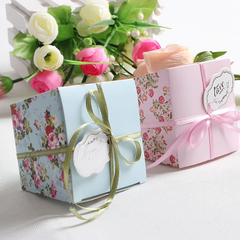 100 Pcs/lot Free Shipping Blue/Pink Floral Flower Trapezoid Wedding Favor Candy Boxes Gift Box Sugar Candy Box With Ribbons(China (Mainland))