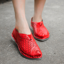 2015 Women Shoes Flats Fish Scale Decoration Genuine Leather Women Casual Shoes Special Design