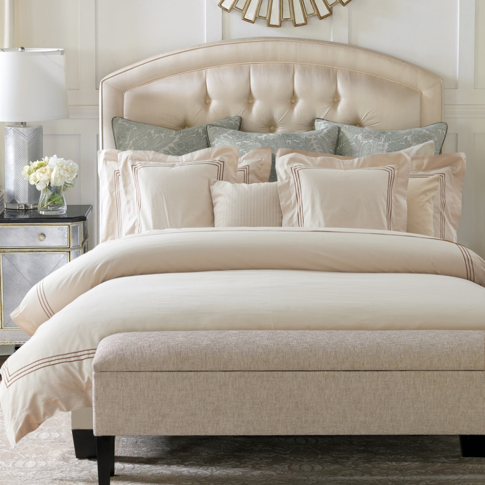 achetez en gros de luxe couettes couvre lits en ligne des grossistes de luxe couettes couvre. Black Bedroom Furniture Sets. Home Design Ideas