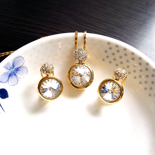 last one piece gaga deal crystal necklace earrings set original $29.99 Brand jewelry set valentine's day gift(China (Mainland))
