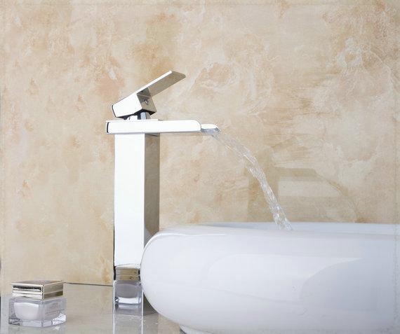 Brass Bathroom Single Handle Mixer Tap Chrome Finished: Chrome Finish Single Handle Brass Bathroom Basin Sink