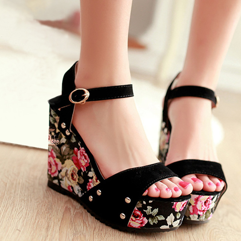 11cm High Heels 2016 Women Platform Wedges Ladies Floral Buckle Sandals Elevator Shoes Woman Comfortable Sandalias Zapatos Mujer<br><br>Aliexpress