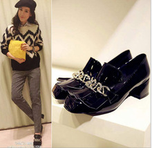 The spring shoes leather casual shoes soled shoes and the wind in the rough documentary female shoes with metal buckle