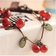 Free shipping vintage jewelry glass material retro sweet cherry small gift beautiful charm bracelet for women(China (Mainland))