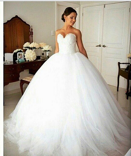 2015 wedding dress ball gown tulle bridal gowns sweetheart for Big tulle ball gown wedding dress