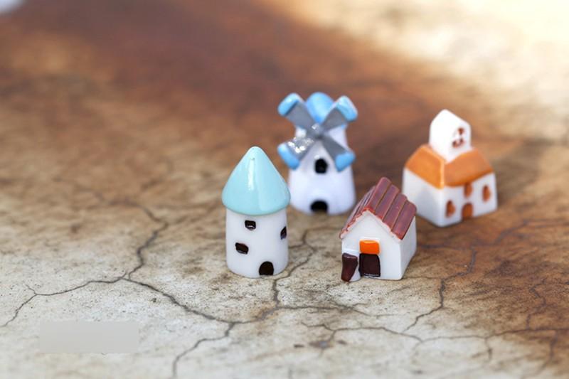 4 pieces set Kawaii Pastoral Resin Mini building DIY Garden bonsai Decoration Miniature Windmill Church House Castle Warm Home