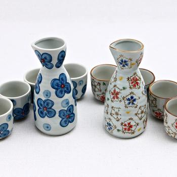 Sakura styel Ceramic Liquor Bottles Japanese Baijiu Sake set With 4pcs 50ml Cup