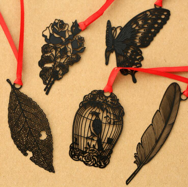 (10 Pieces/Lot) 2016 Fashion Good Quality Delicate Black Bookmark Animal Flower Feather Hollow Cute Metal Bookmarks For Books(China (Mainland))