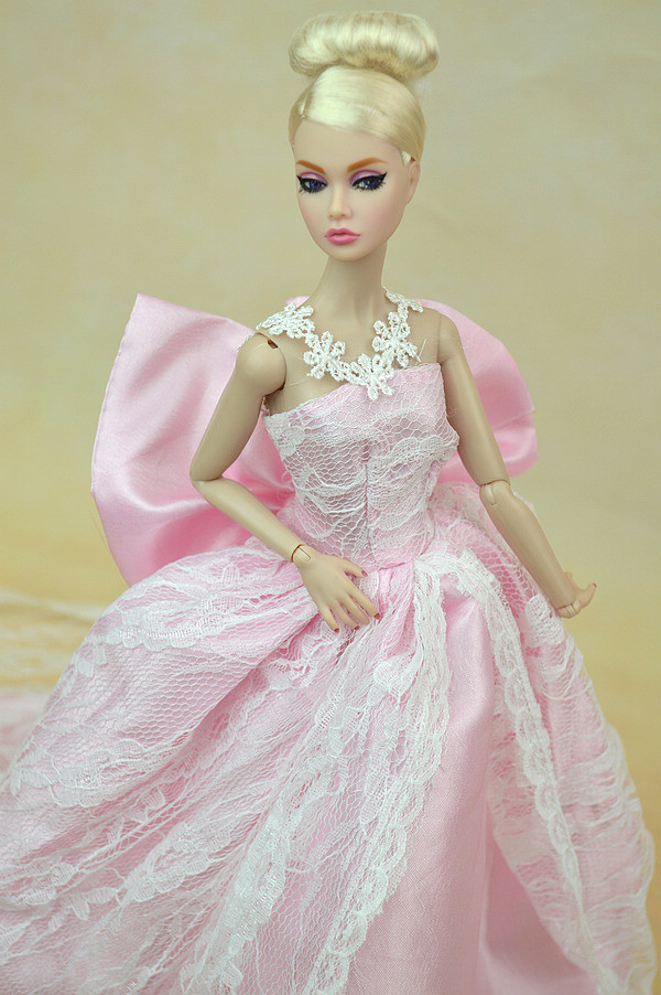 Top quality Handmade Presents For Ladies Slim Night Go well with Marriage ceremony Costume with veil Garments For Barbie 1:6 Doll BBI00147