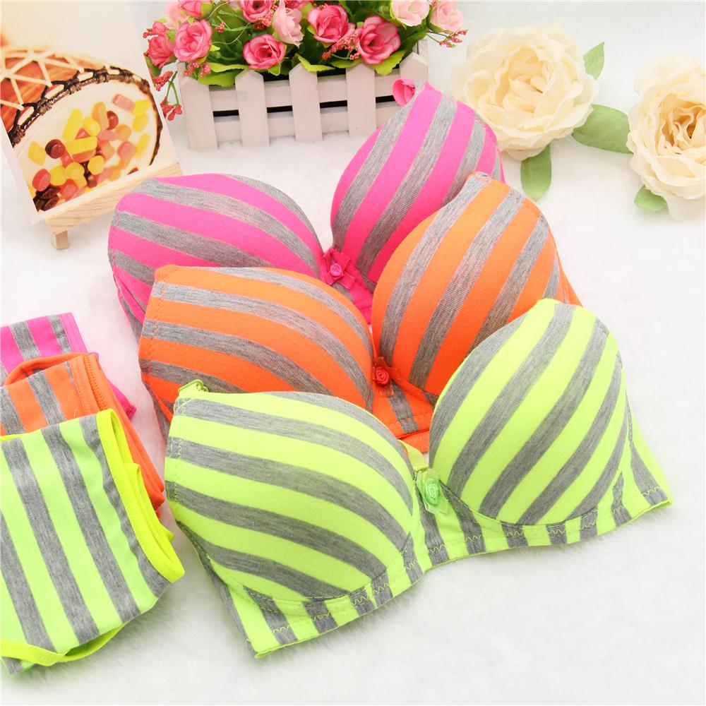 New sexy young girl bra set,Women bowknot underwear,Copper tray bra,bra brief sets,brassiere,underclothes,Intimates(China (Mainland))