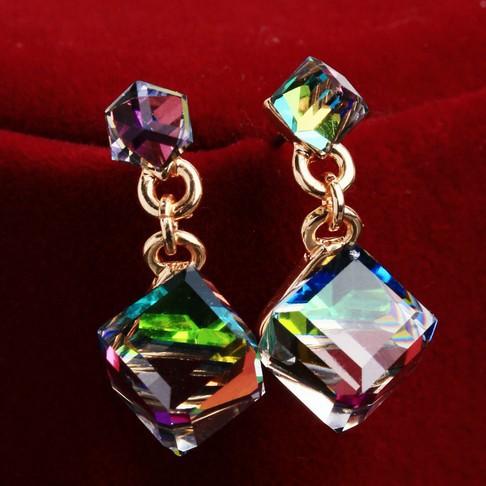 Гаджет  Earrings R4157 None Ювелирные изделия и часы