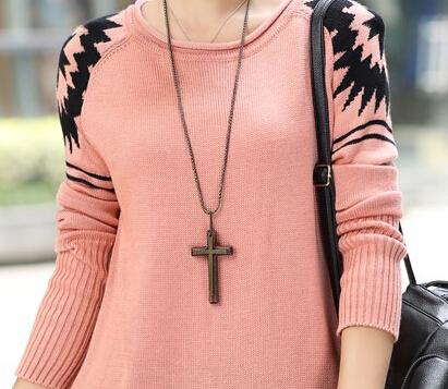 Розовый пуловер женский доставка