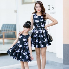 Summer Fashion Women Dress Toddler Girl Dresses Family Matching Outfits Dresses for Mother Daughter Kid Clothes DL01