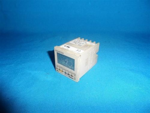 Фотография DHL/EMS 5 LOTS OM-RON H7CR -SCSL H7CR SCSL Counter w/ scratch on LCD -A1