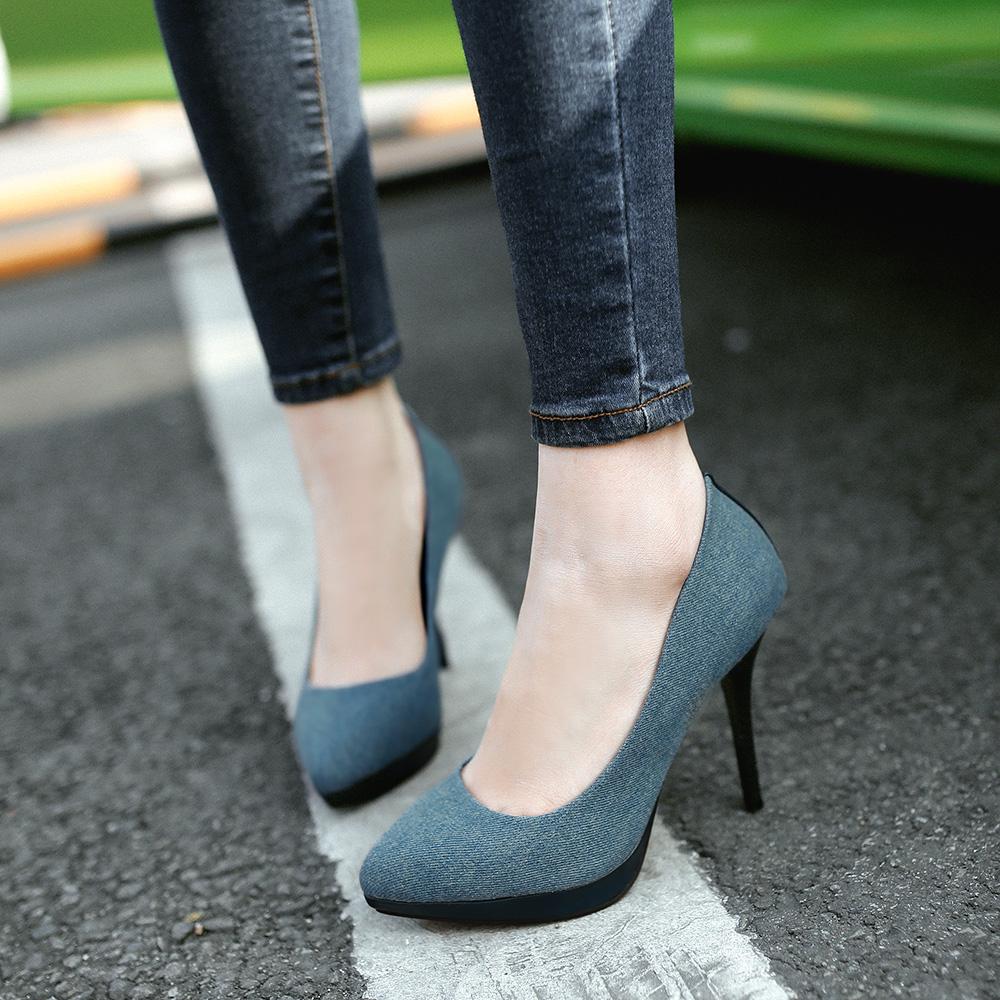 2 Sexy High Heels