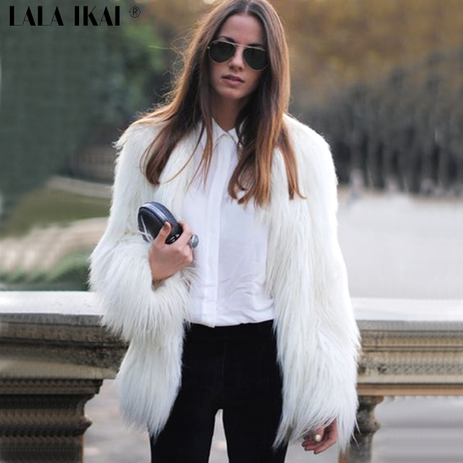 White Coats: Stay warm with our great selection of Women's coats from autoebookj1.ga Your Online Women's Outerwear Store! Get 5% in rewards with Club O! skip to main content. Cynthia Steffe NEW White Womens Size XS Faux-Fur Solid Topper Jacket. SALE ends in 3 days. Quick View.