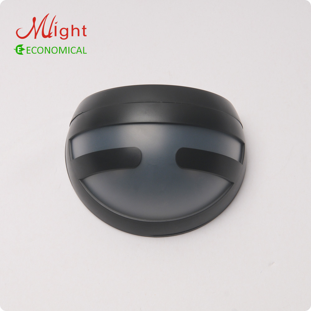 Outdoor LED Solar Wall Light Fence Lamp Rechargeable Battery Garden Traditional Style Solar Powered Light<br><br>Aliexpress