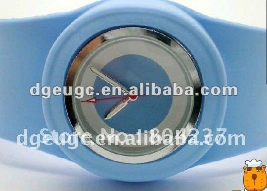 Vogue slap silicone wrist watch